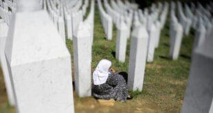 Hollanda, Srebrenitsa'daki sorumluluk payını yüzde 10'a düşürdü