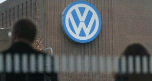 """Volkswagen şirket sözcüsü, """"Türkiye'deki araç üretim fabrikasının kuruluşuyla ilgili nihai kararı ertelediğini"""" duyurdu"""